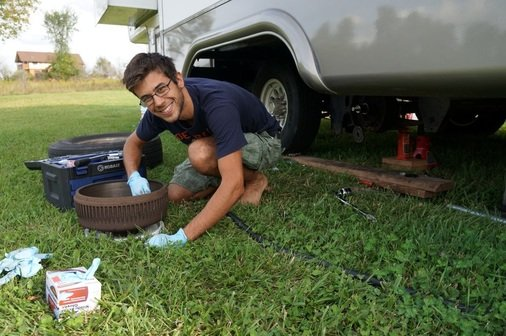 Tom fixing rv trailer brakes