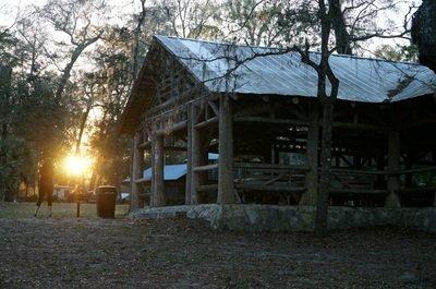Oleno state park pavilion