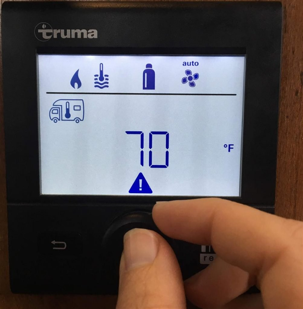 setting rv thermostat for winter rving