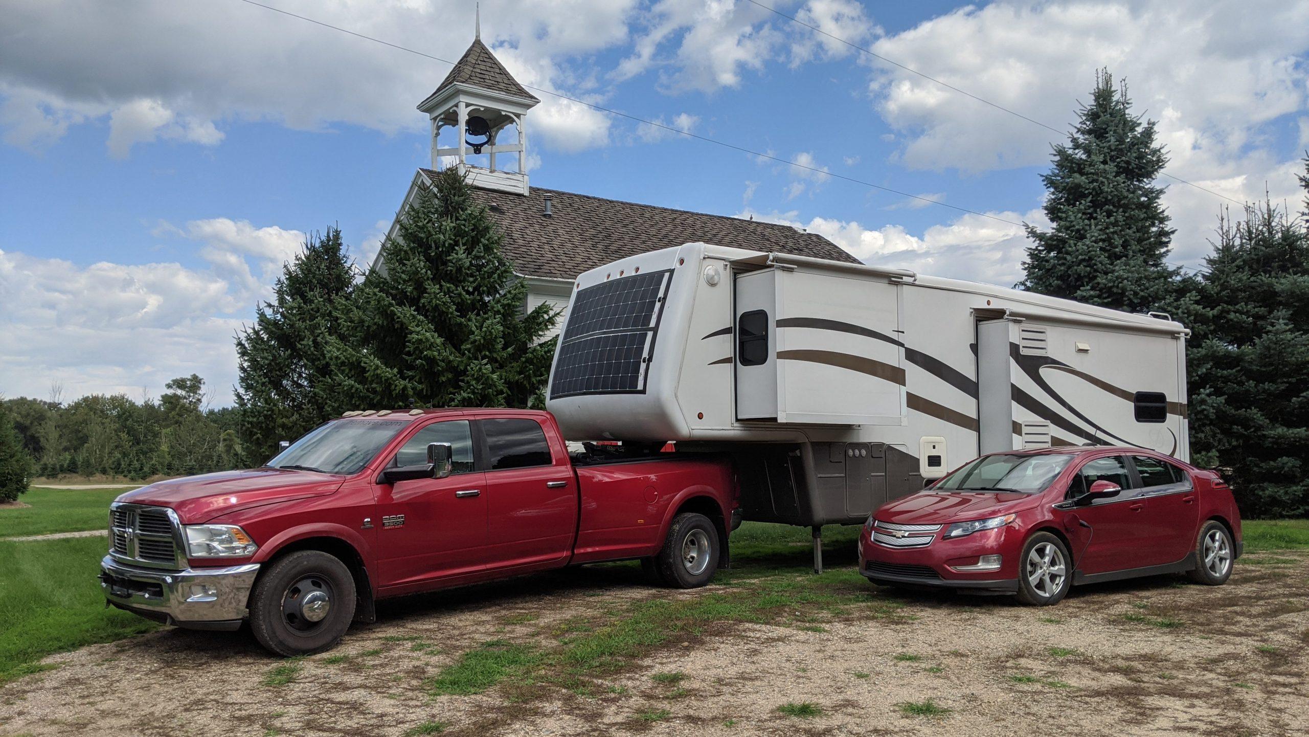 Solar car and RV off grid