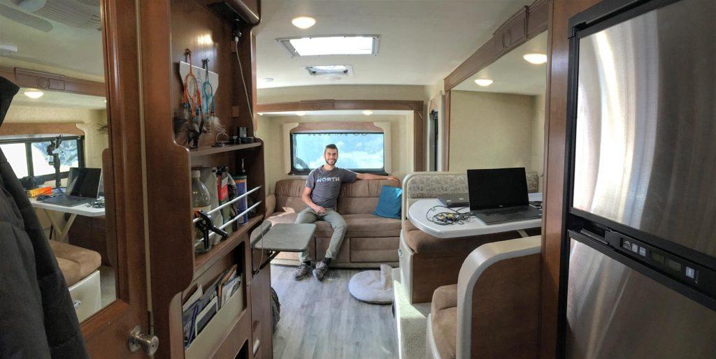 lance 1172 truck camper interior