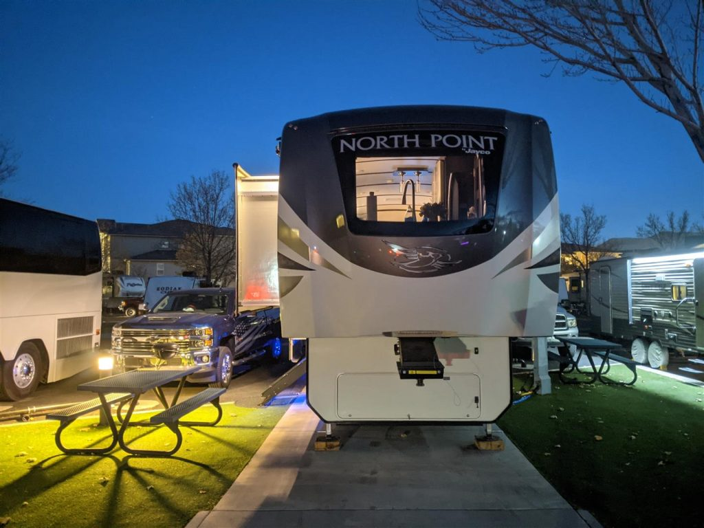 Jayco North Point Front Kitchen Fifth Wheel