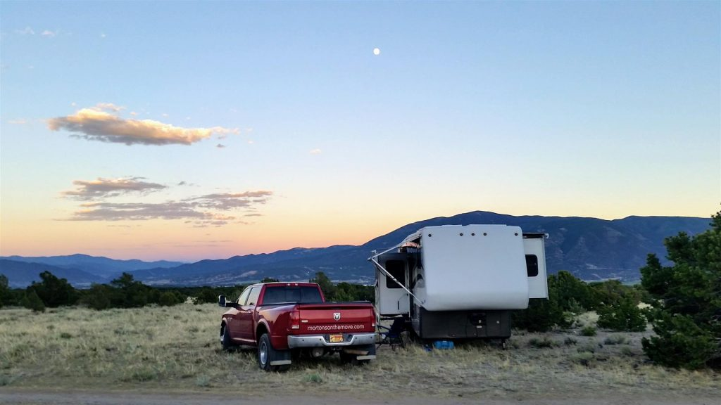 rv boondocking and relying on rv battery