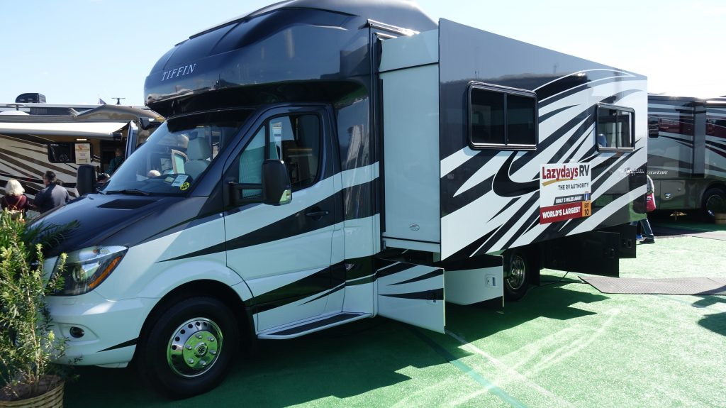 How To Buy A Used Rv From A Private Party Mortons On The Move