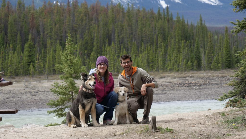The Mortons with their two dogs on their rv trip to alaska