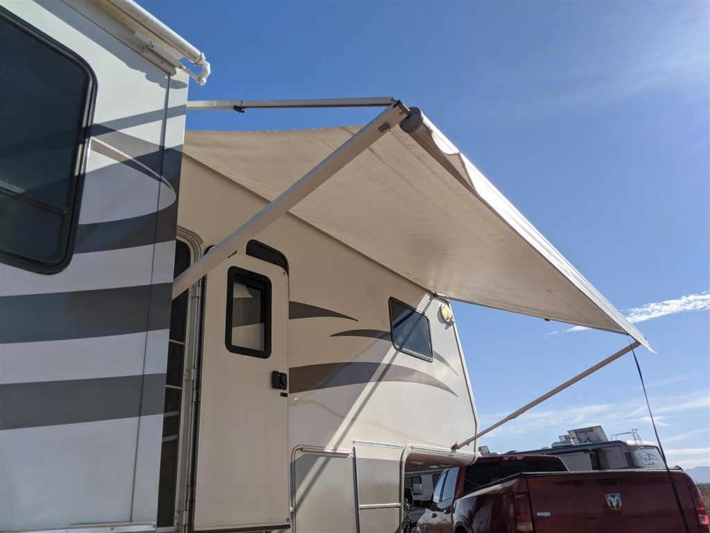 rv awning to provide shade on side of rv