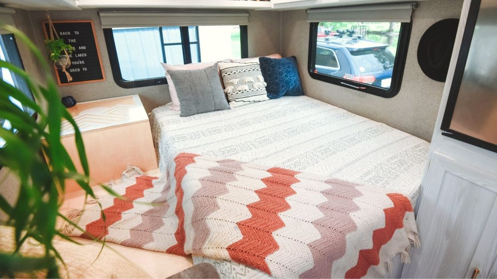 renovation of rv with decorations