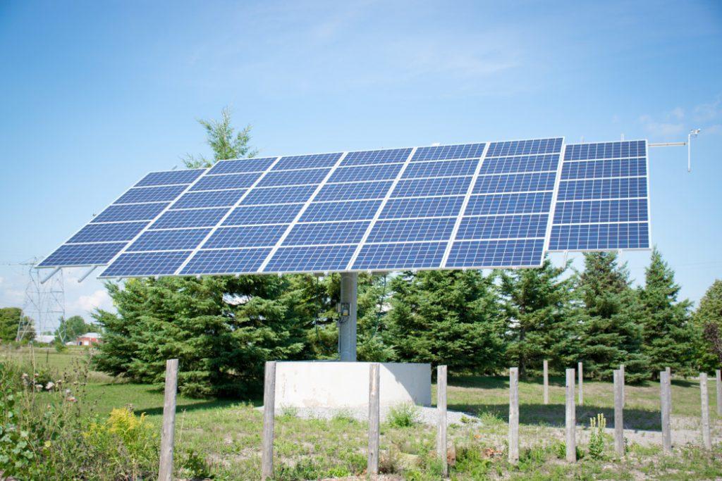 pole mount solar array
