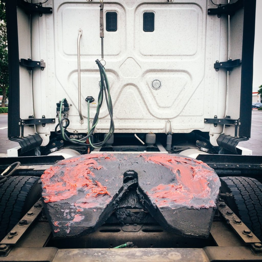 Semi Truck Hitch Plate