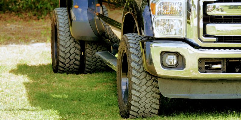 Dually Ford Truck