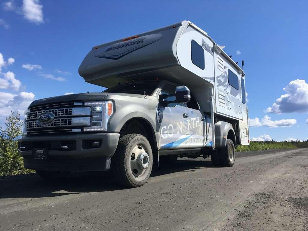 truck camper center of gravity