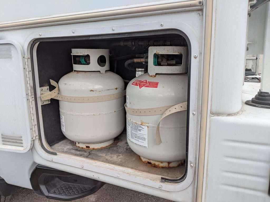 20lb propane tanks in rv