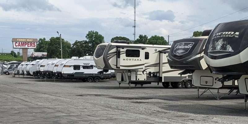 5th wheel vs. travel trailer