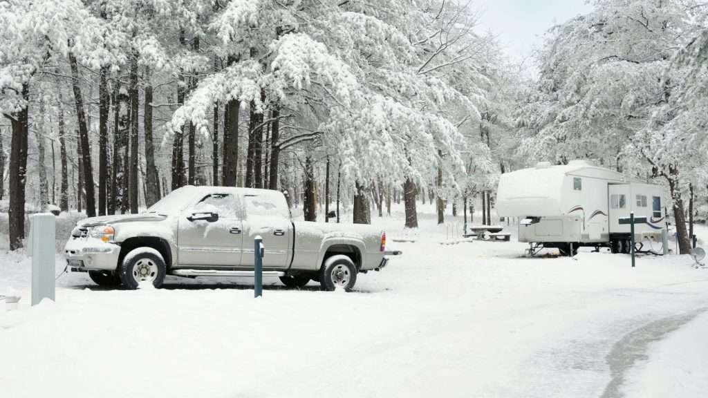 fifth wheel in winter