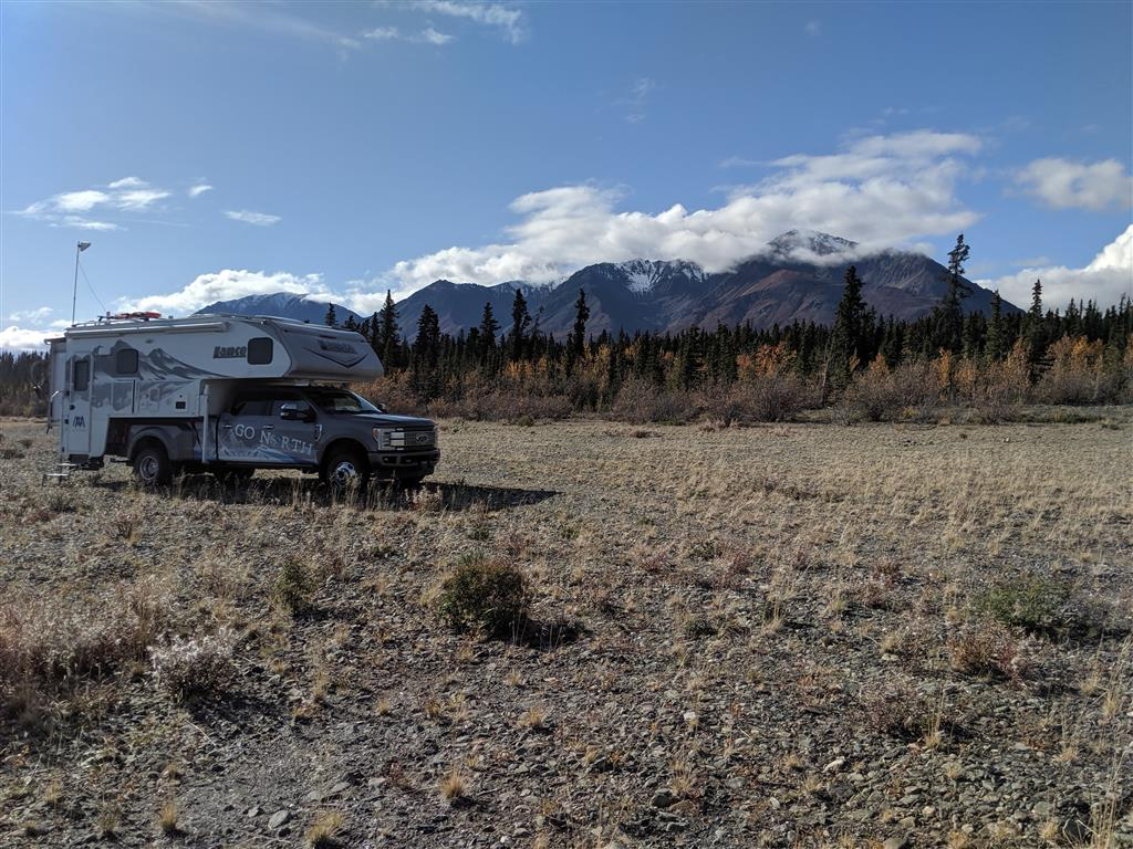 boondocking near kluane national park