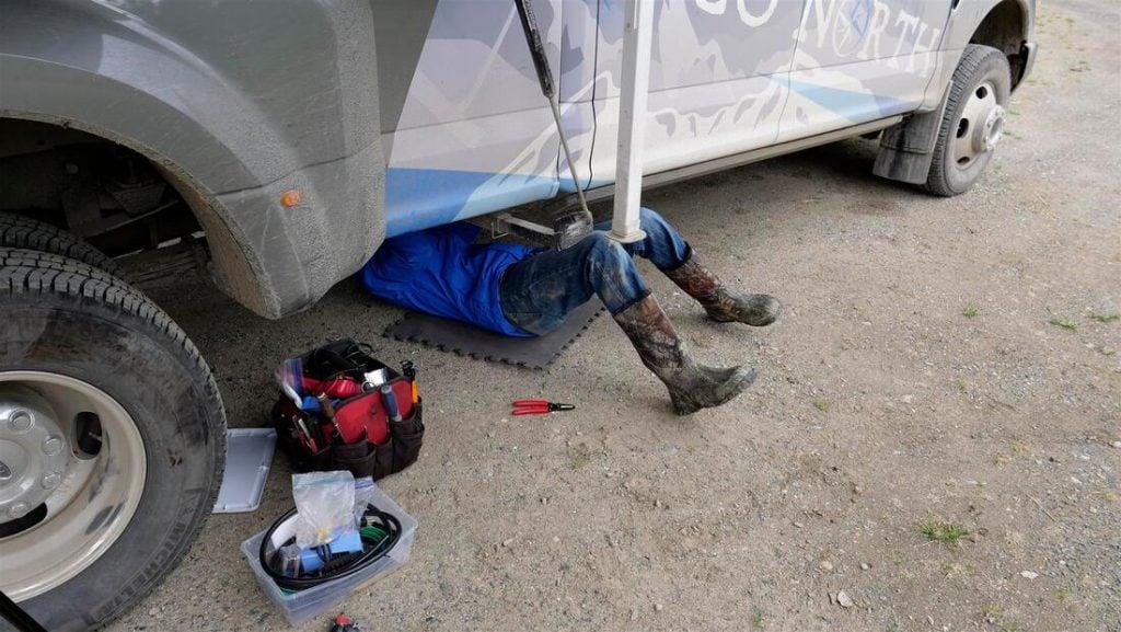 fixing truck camper